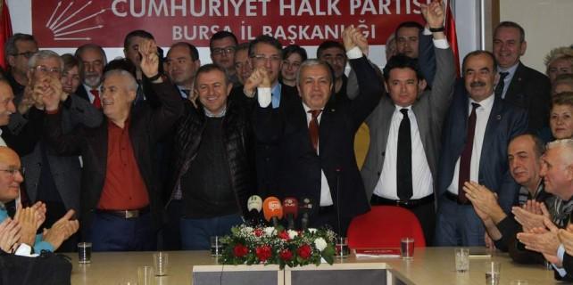 CHP Bursa'da yeni dönem esprilerle başladı...
