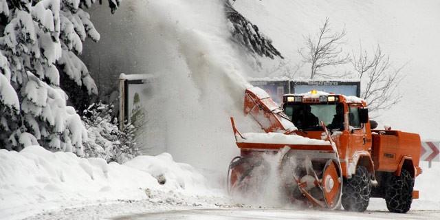 Bursa'da çok sayıda köy yolu kapandı...