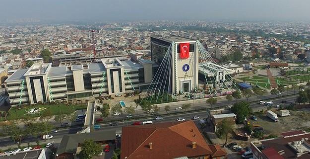 Bursa 136 yıl sonra belediye binasına kavuştu