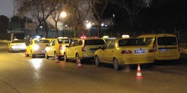 Bursa'da taksimetre kuyruğu