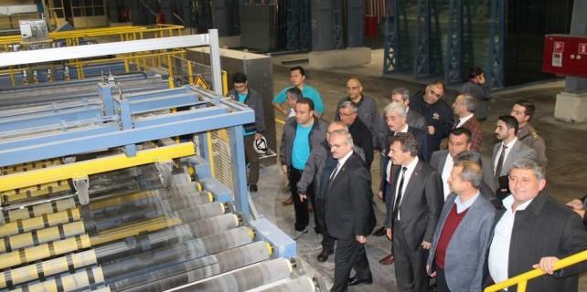 Bu fabrikada 1300 kişi çalışıyor...