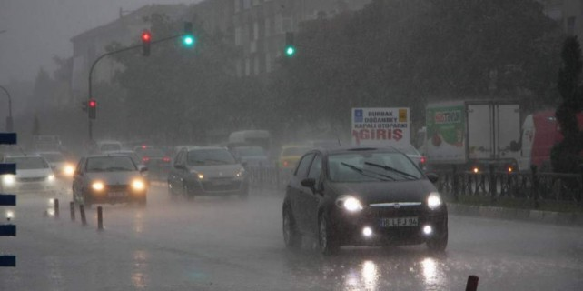 Bursa'ya kuvvetli yağış uyarısı...