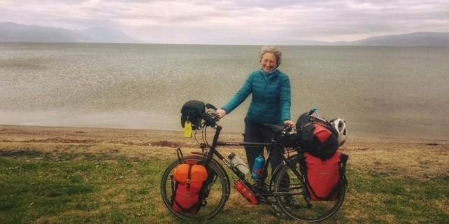 Bisikletle dünyayı gezerken Bursa'ya uğradı...