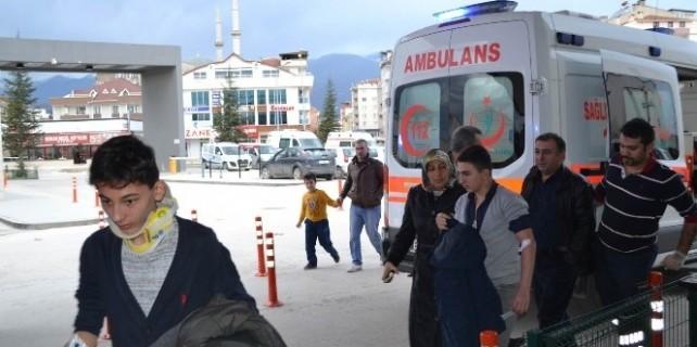 Bursa'daki kazalarda can pazarı: 9 yaralı