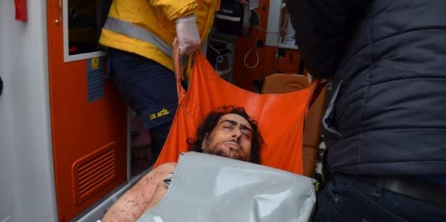 Bursa'da evlat dehşeti...Annesini öldürdü polislere direndi