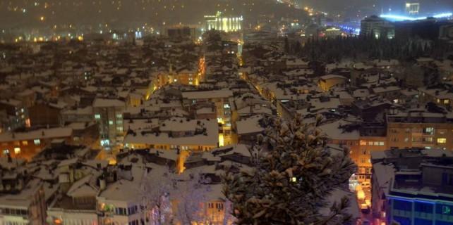 Bursa'da karla birlikte kartpostallık görüntüler