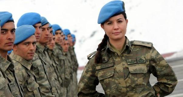 Kadın askerler de Sur'da...