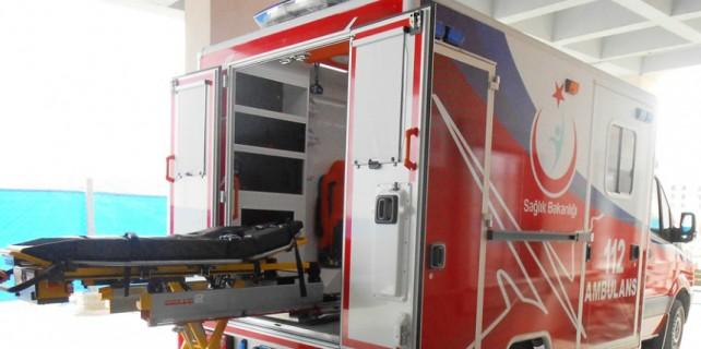 Obezite ambulansıyla hastahaneye kaldırıldı