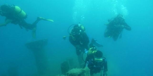 Su altında 4 bin yıllık gemi