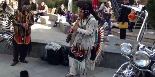 Sokak sanatçısından muhteşem performans