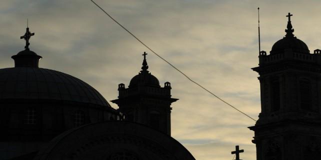 300 yıllık kilise böyle çöktü