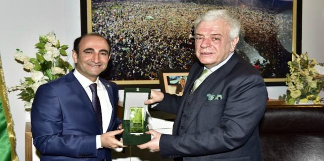 Başkan Edebali'den Bursaspor'a ziyaret