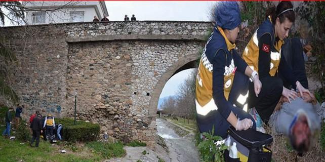 Tarihi köprüden atladı...