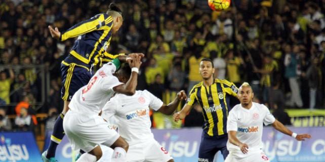 Fener Antalya'da fark yedi...