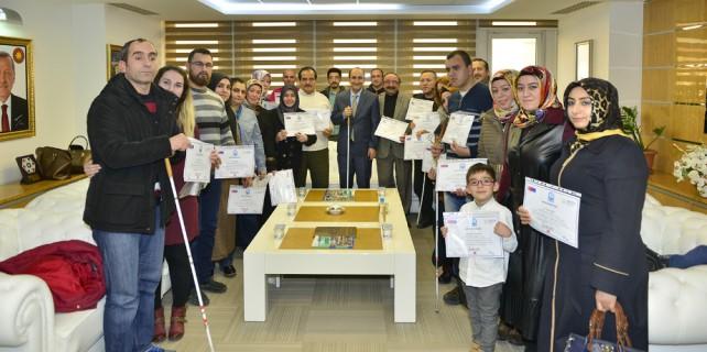 Başkan Edebali'den girişimcilere sertifika