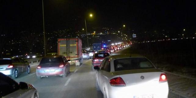 Bursa'da bu noktada trafik her gün çıldırtıyor...
