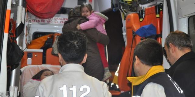 Baba yüreği...Anne ve kızı yaralandı...Baba bir an olsun bırakmadı