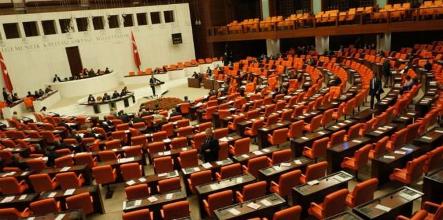 Anayasa Uzlaşma Komisyonu dağıldı!