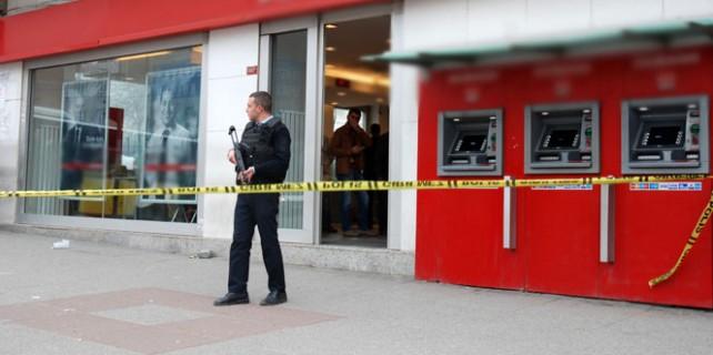 İstanbul'un göbeğinde banka soygunu!