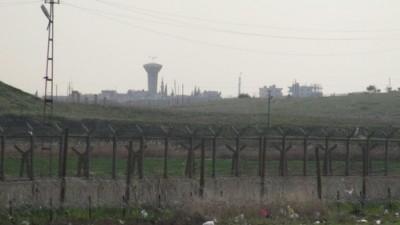 Nusaybin-Suriye uzerinde Rus jeti akrobasi hareketlerde bulundu