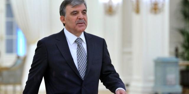 Ak Parti, Abdullah Gül'ün ismini sildi
