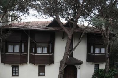 turkan-soray-villasini-15-milyon-tl-ye-satiyor-8197750_1577_m