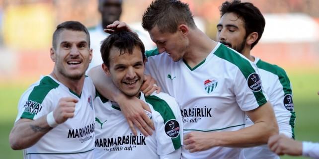 Bursaspor'da galibiyet sevinci...İşte maçtan dakikalar!