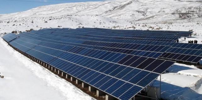 Putin'e kızdı, 1 milyon Euro'luk enerji sistemi kurdu!