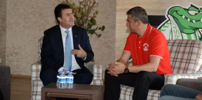 Dündar'dan Hamzaoğlu'na moral ziyareti