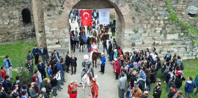 Bursa'da 'Diriliş'li kurtuluş coşkusu...