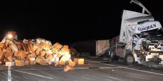 Bursa'da korkunç kaza...20 kilometre kuyruk oluştu