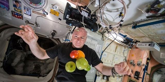 Amerikalı astronot şok oldu...Dünyaya döndüğünde fark etti!