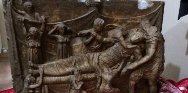 Bursa'da 1600 yıllık lahit operasyonu...