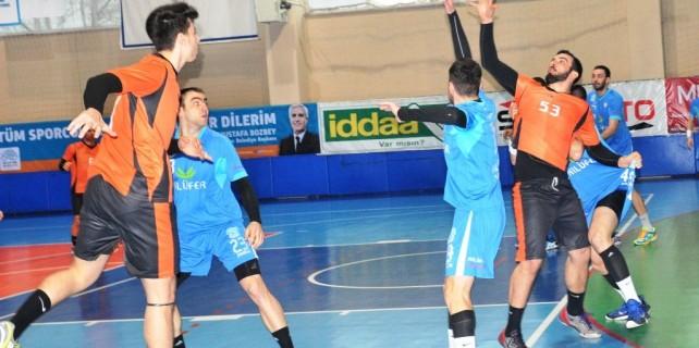 Nilüfer Belediyespor hentbolda ezdi geçti
