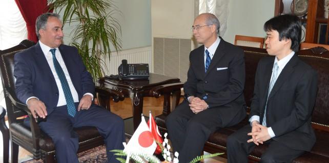 Japon Başkonsolos'tan teşekkür ziyareti