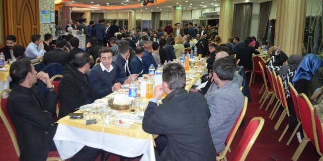 AK Parti Nilüfer'de Gökhan Dinçer'den veda yemeği...