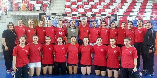 Osmangazi'li hentbolcular milli takımda