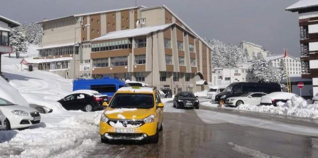 Uludağ'a kar sürprizi...