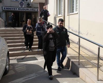 BURSA'DA UYUŞTURUCU OPERASYONU: 9 GÖZALTI ÜNİVERSİTELİ GENÇLERİ ZEHİRLEYECEKLERDİ