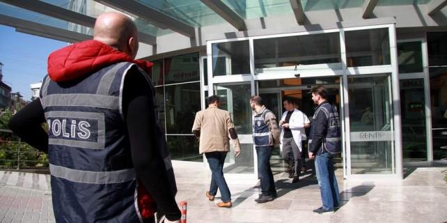 Bursa'da paralel yapının hastanesine operasyon