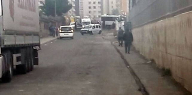 Diyarbakır'da polise hain tuzak...6 polis şehit oldu