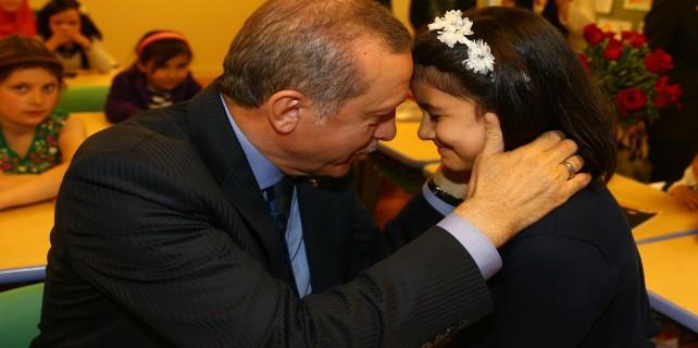 Erdoğan'ı duygulandıran şiir