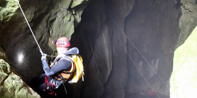 Mağarada tatbikat, gerçeğini aratmadı