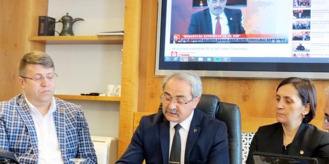 """""""Mudanya diktatörlükle yönetiliyor"""""""