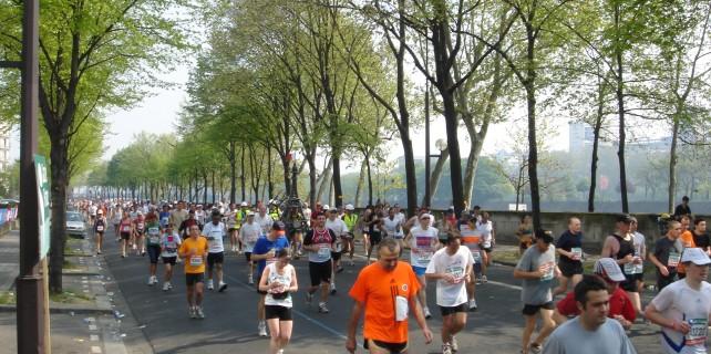 Bursalı iş adamından Paris Maratonu'nda büyük başarı