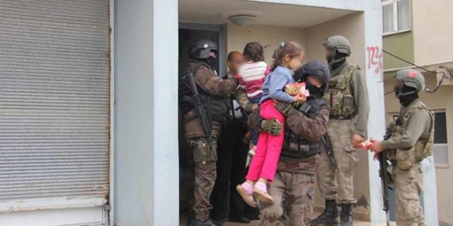 Vatandaşlar güvenlik için tahliye ediliyor...