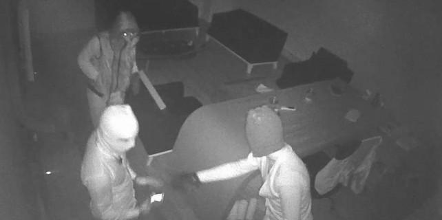 Bursa'da pavyon parası için bıçaklı soygun