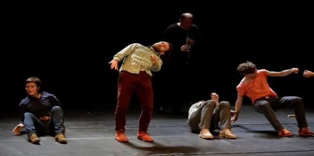 Nilüfer Tiyatro Festivali, farklı gösterilere sahne oldu