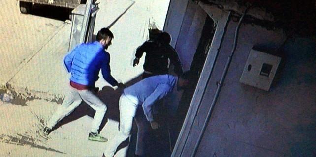 Bursa'da o derneğe taşlı sopalı saldırı...