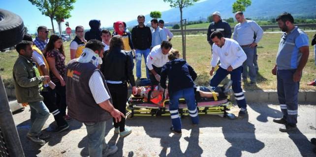 Bursa'da otoban işçileri ölümden döndü